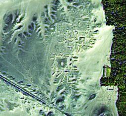 Imágenes utilizadas por la arqueóloga Sarah Parcak en su descubrimiento de un conjunto de pirámides y tumbas desconocidas en Egipto