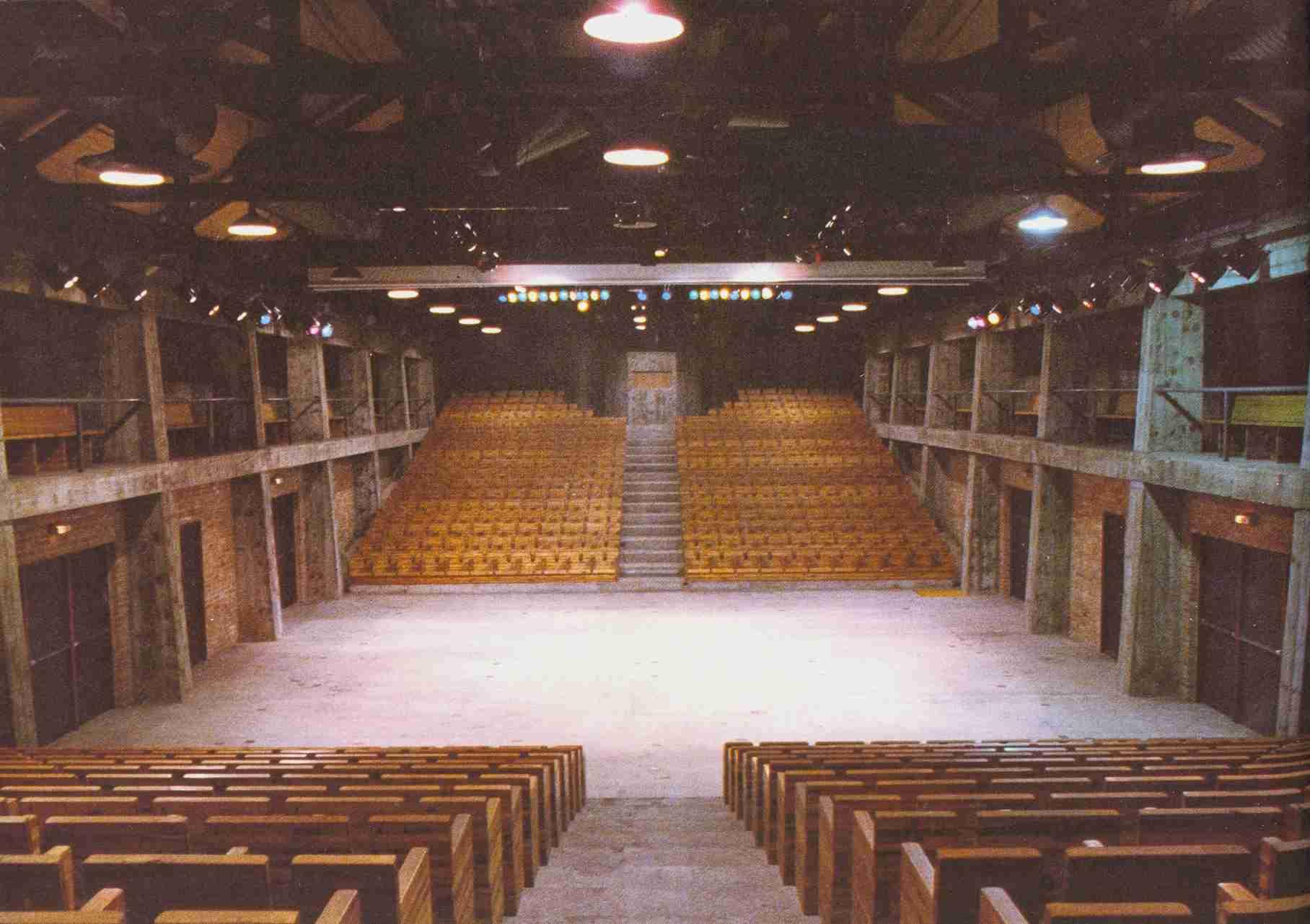 sesc pompeia auditorio  u2013 patricia ferreira lopes