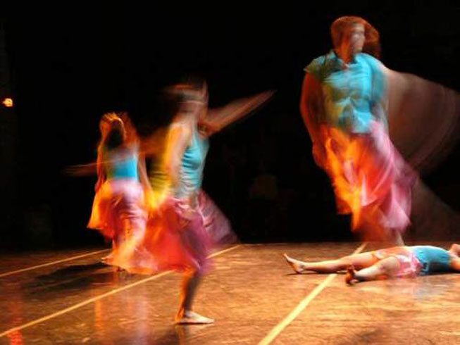 Contemporary-Art-Temporary-Theater--Performance-Dance-Color