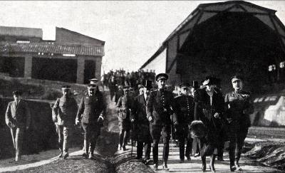 Alfonso XIII en una de sus visitas al Parque. Fotos cedidas por P.J. Pradillotaticos