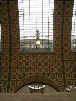 Vista interna del Museo d´Orsay. Verse en nave central la recuperación del antiguo estuque. Fuente: Patricia Lopes (2008).