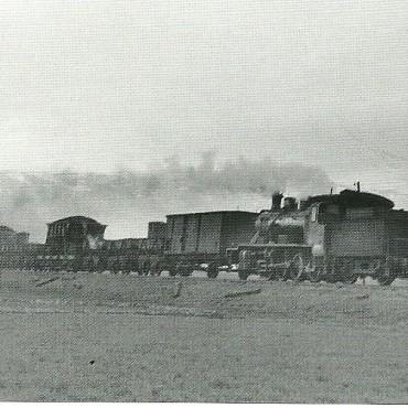 A quinze kilometros al sur de Guadix. en el paisaje de los spagheti western. Febrero de 1966. Autor: Jeremy Wiseman