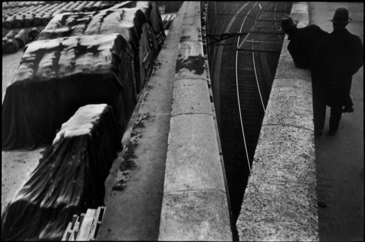 Henri Cartier Bresson France_Paría_ The Quai St Bernard 1932